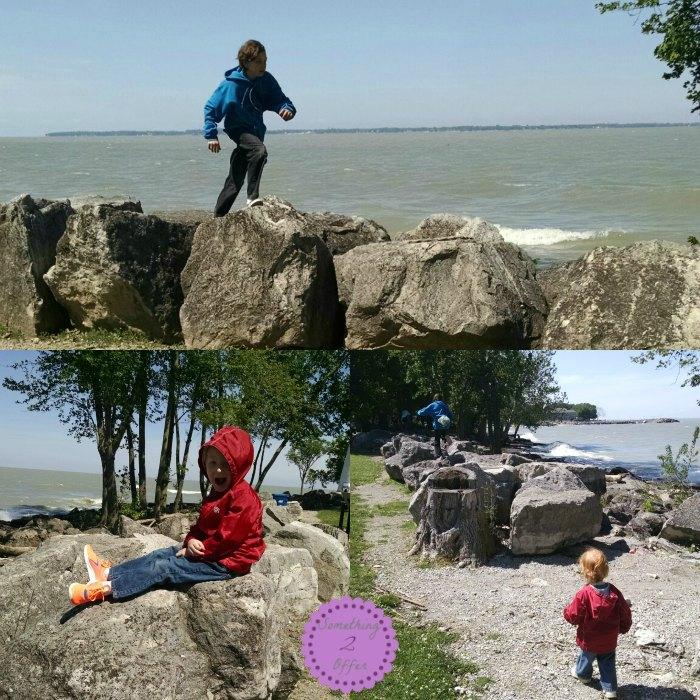 Marblehead Lighthouse rocks
