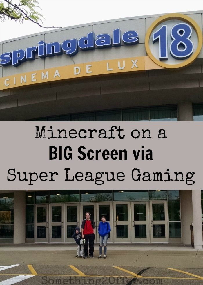 Minecraft on a BIG Screen via Super League Gaming