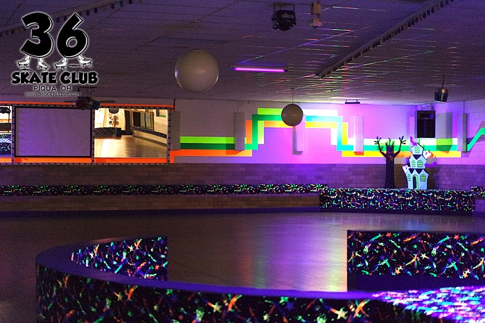 36 Skate Club Glow in the Dark