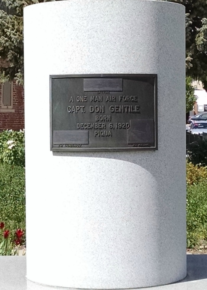 Capt. Don Gentile plaque
