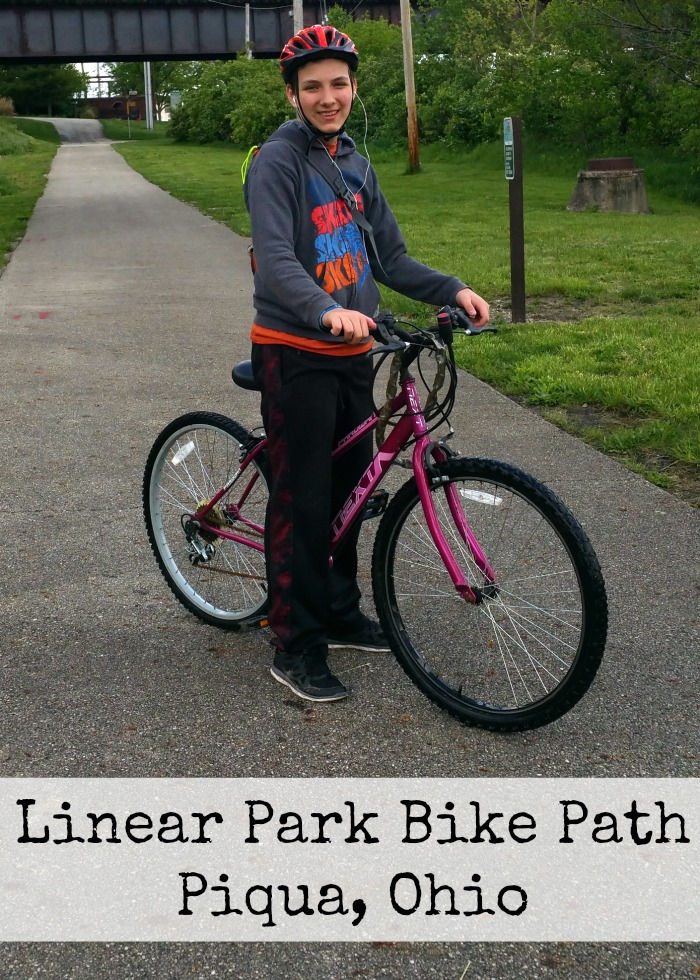 Linear Park Bike Path Piqua, Ohio